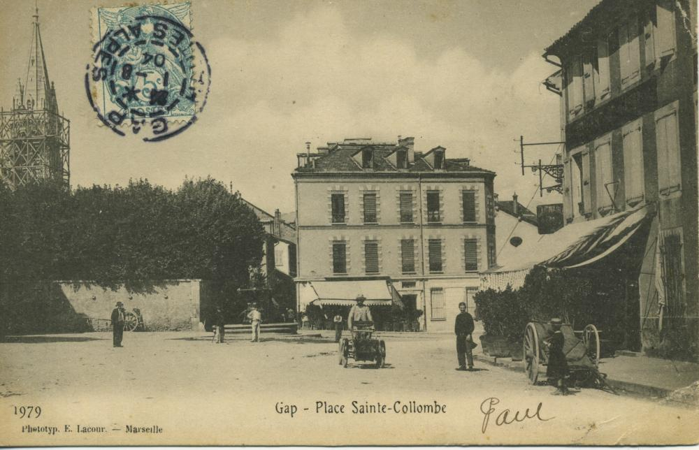 Place Sainte Collombe